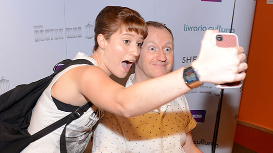 Mark Gatiss poses for a selfie in Brazil